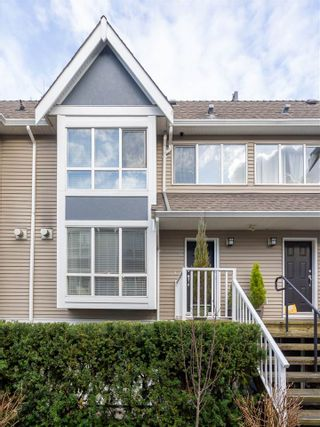 Photo 2: 6 1015 LYNN VALLEY ROAD in North Vancouver: Lynn Valley Townhouse for sale : MLS®# R2434189