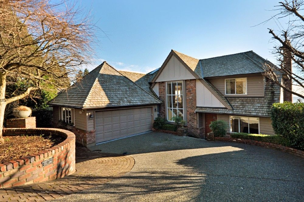 Main Photo: 2186 ROSEBERY Avenue in West Vancouver: Queens House for sale : MLS®# V866579