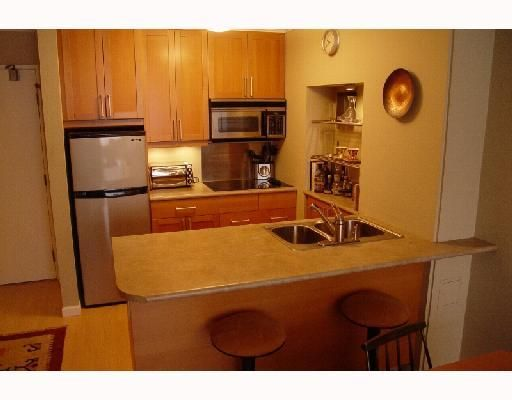 """Photo 3: Photos: 707 950 DRAKE Street in Vancouver: Downtown VW Condo for sale in """"ANCHOR POINT"""" (Vancouver West)  : MLS®# V748678"""