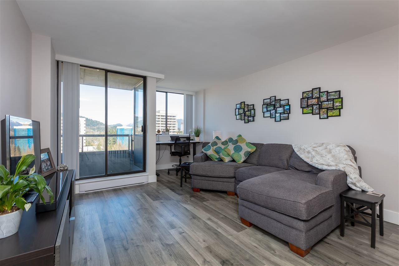 """Photo 3: Photos: 1804 3980 CARRIGAN Court in Burnaby: Government Road Condo for sale in """"Discovery Place"""" (Burnaby North)  : MLS®# R2465942"""