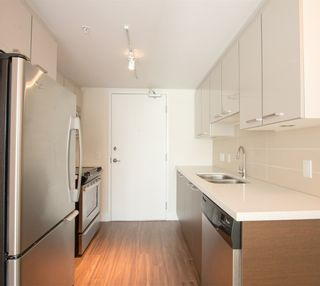"""Photo 7: 110 258 SIXTH Street in New Westminster: Uptown NW Townhouse for sale in """"258"""" : MLS®# R2026932"""