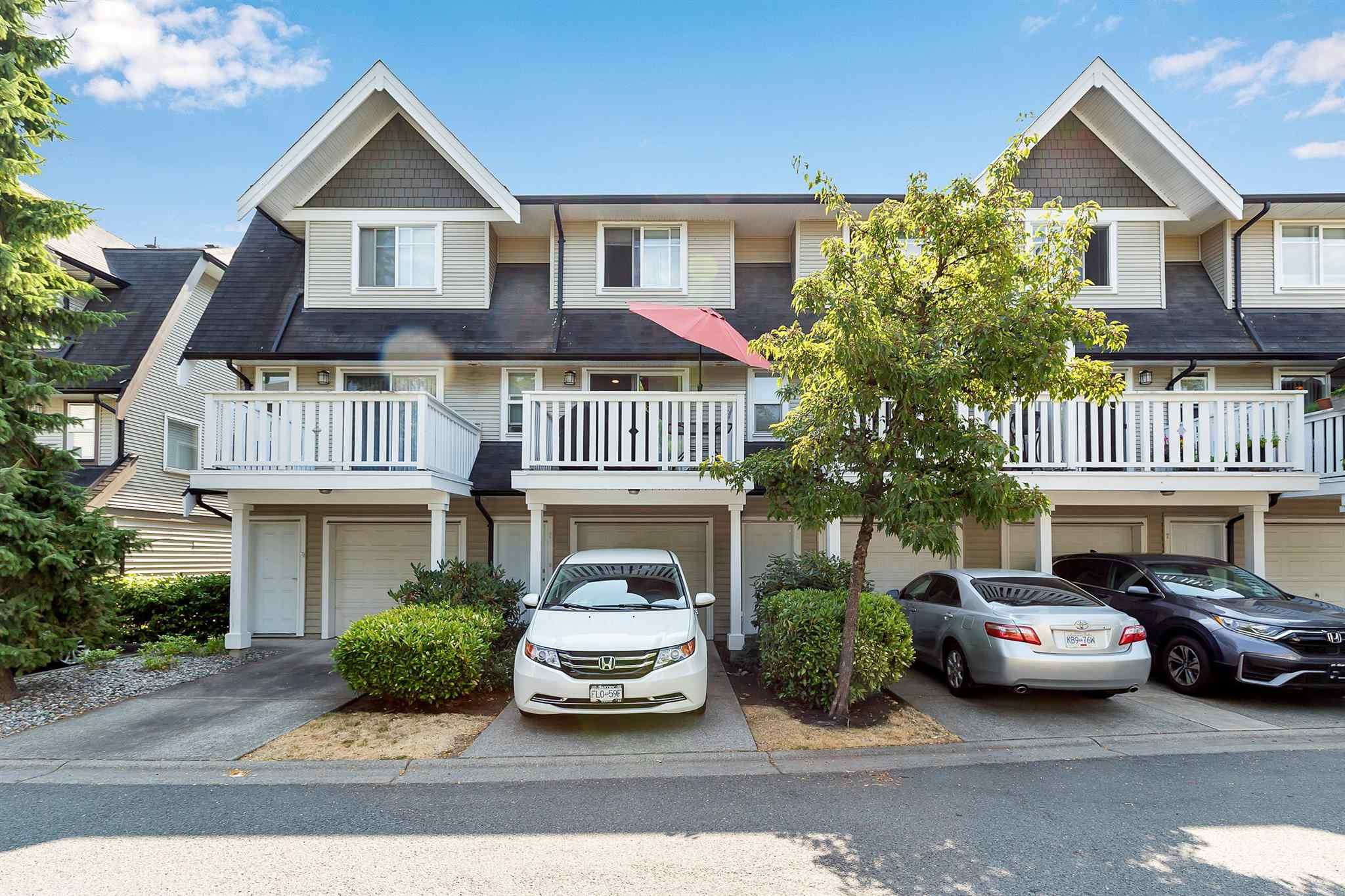 """Photo 28: Photos: 9 15871 85 Avenue in Surrey: Fleetwood Tynehead Townhouse for sale in """"Huckleberry"""" : MLS®# R2606668"""
