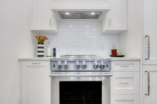 """Photo 14: 517 DRAKE Street in Vancouver: Downtown VW Townhouse for sale in """"Oscar"""" (Vancouver West)  : MLS®# R2569901"""