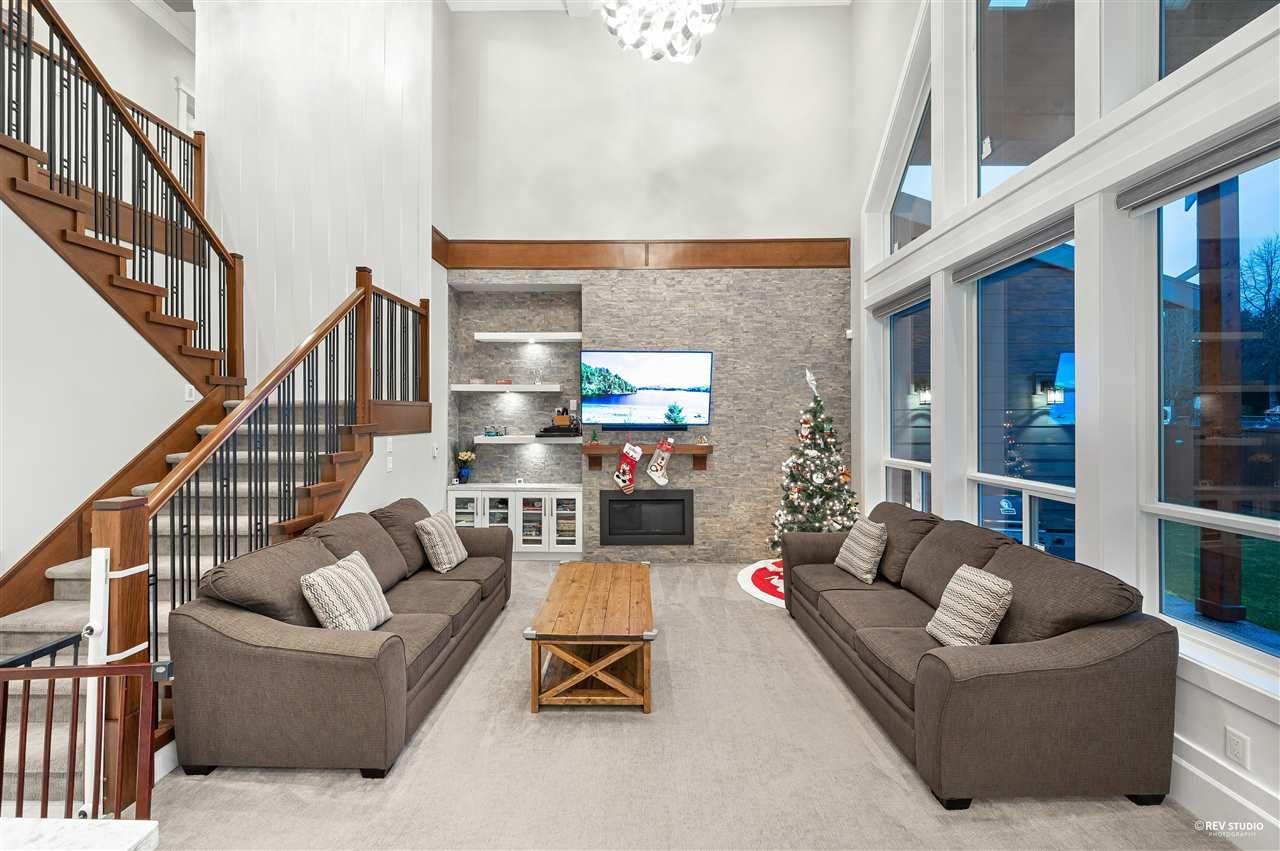 Photo 5: Photos: 16049 90 Avenue in Surrey: Fleetwood Tynehead House for sale : MLS®# R2523758