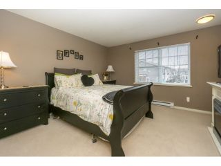 """Photo 14: 77 18983 72A Avenue in Surrey: Clayton Townhouse for sale in """"KEW"""" (Cloverdale)  : MLS®# R2034361"""