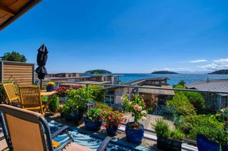 """Photo 6: 6500 WILDFLOWER Place in Sechelt: Sechelt District Townhouse for sale in """"WAKEFIELD BEACH - 2ND WAVE"""" (Sunshine Coast)  : MLS®# R2604222"""
