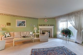 """Photo 5: 251 13888 70 Avenue in Surrey: East Newton Townhouse for sale in """"Chelsea Gardens"""" : MLS®# R2520708"""