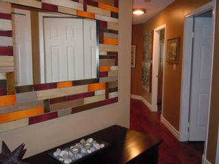 "Photo 12: 15367 Buena Vista Avenue Avenue in White Rock: Condo for sale in ""The ""PALMS"""""