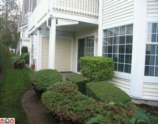 """Photo 3: 905 9143 154 Street in Surrey: Fleetwood Tynehead Townhouse for sale in """"Lexinton Square"""" : MLS®# F1005282"""
