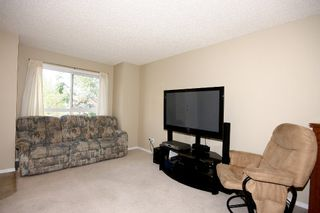 Photo 6: 6 Erin Woods Court SE in Calgary: Erinwoods House for sale : MLS®# C3531056