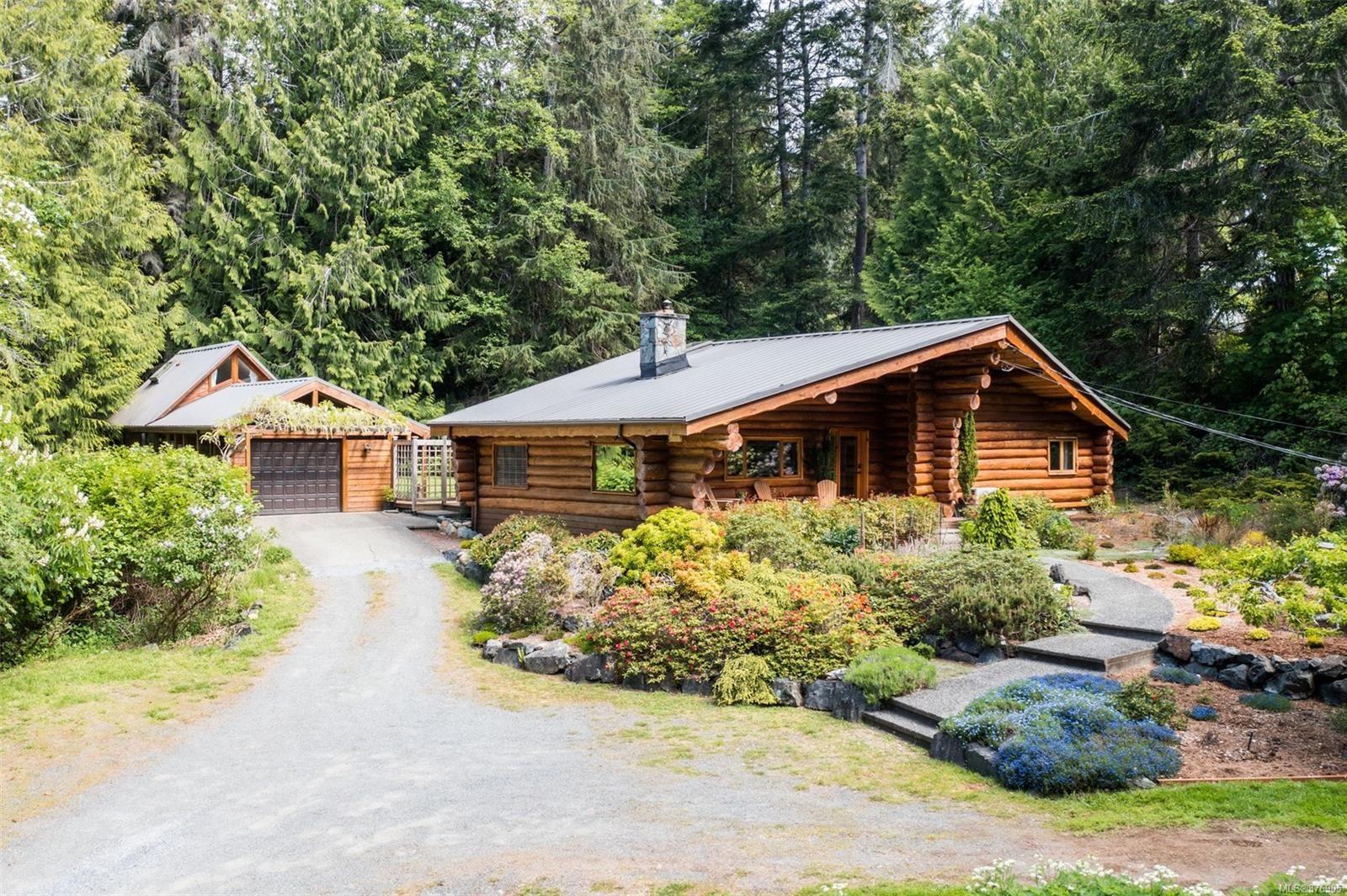 Main Photo: 2615 Boxer Rd in : Sk Kemp Lake House for sale (Sooke)  : MLS®# 876905