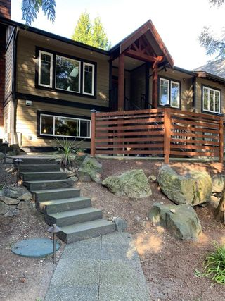 Photo 2: 6830 East Saanich Rd in : CS Saanichton House for sale (Central Saanich)  : MLS®# 870343