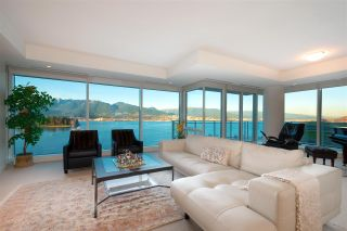 Main Photo: 1102 1139 W CORDOVA STREET in Vancouver: Coal Harbour Condo for sale (Vancouver West)  : MLS®# R2533236