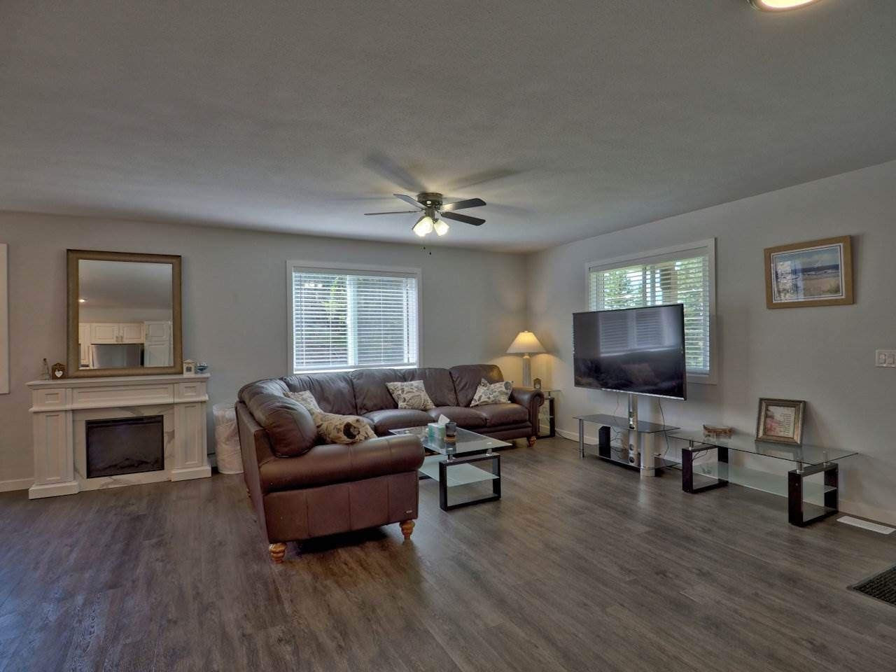Photo 5: Photos: 4915 KITWANGA Drive in 108 Mile Ranch: 108 Ranch House for sale (100 Mile House (Zone 10))  : MLS®# R2481177