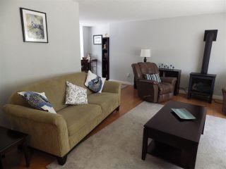 Photo 2: 7863 FAWN ROAD in Halfmoon Bay: Halfmn Bay Secret Cv Redroofs House for sale (Sunshine Coast)  : MLS®# R2375665