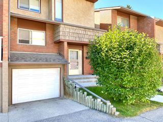 Photo 2: 505 1305 GLENMORE Trail SW in Calgary: Kelvin Grove Row/Townhouse for sale : MLS®# A1017648