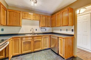 Photo 5: 820 Edgemont Road NW in Calgary: Edgemont Row/Townhouse for sale : MLS®# A1126146