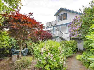 Photo 4: 3749 W 14TH Avenue in Vancouver: Point Grey House for sale (Vancouver West)  : MLS®# R2273913