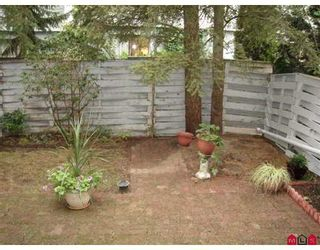 "Photo 7: 14 10880 152ND ST in Surrey: Bolivar Heights Townhouse for sale in ""Woodbridge"" (North Surrey)  : MLS®# F2620448"