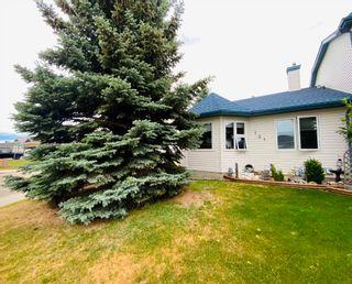 Photo 3: 131 Parkside Drive: Wetaskiwin House Half Duplex for sale : MLS®# E4253062