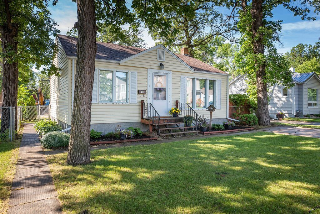 Main Photo: 190 Stranmillis Avenue in Winnipeg: Residential for sale (2D)  : MLS®# 1918139