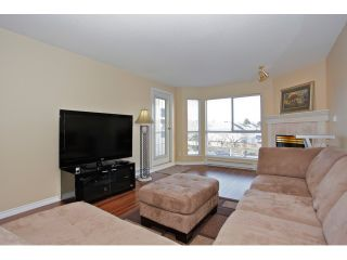 "Photo 8: 215 19835 64TH Avenue in Langley: Willoughby Heights Condo for sale in ""Willowbrook Gate"" : MLS®# F1429929"