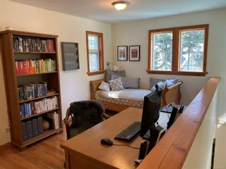 Photo 14: 829 Lazo Rd in : CV Comox Peninsula House for sale (Comox Valley)  : MLS®# 871428