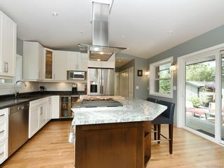 Photo 3: 674 Fairway Ave in : La Fairway House for sale (Langford)  : MLS®# 870363