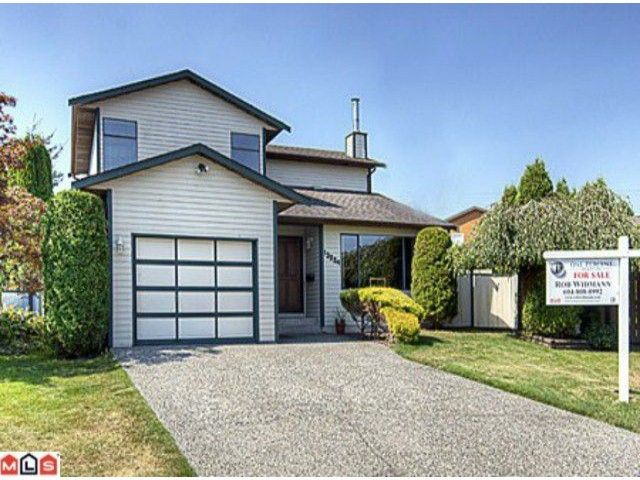Main Photo: 13224 82ND Avenue in Surrey: Queen Mary Park Surrey House for sale : MLS®# F1021105