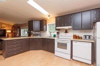 Photo 6: 201 2779 Stautw Rd in SAANICHTON: CS Hawthorne Manufactured Home for sale (Central Saanich)  : MLS®# 774373