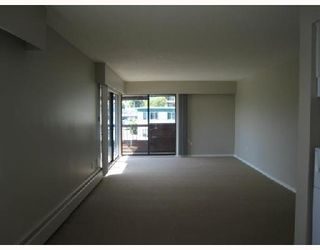 """Photo 5: 306 122 E 17TH Street in North_Vancouver: Central Lonsdale Condo for sale in """"Imperial House"""" (North Vancouver)  : MLS®# V764993"""