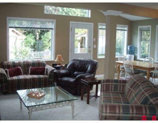 Photo 6: Photos: 16245 SOUTHGLEN PL in Surrey: House for sale : MLS®# F2832603