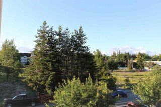 """Photo 16: 301 17712 57A Avenue in Surrey: Cloverdale BC Condo for sale in """"WEST ON THE VILLAGE WALK"""" (Cloverdale)  : MLS®# R2276468"""