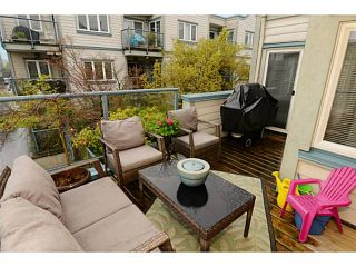 """Photo 13: 213 643 W 7TH Avenue in Vancouver: Fairview VW Townhouse for sale in """"THE COURTYARDS"""" (Vancouver West)  : MLS®# V1059098"""