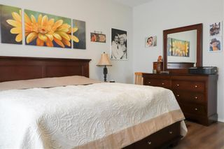 Photo 8: 71 Rose Garden Crescent in Winnipeg: Bridgwater Lakes Residential for sale (1R)  : MLS®# 202101551
