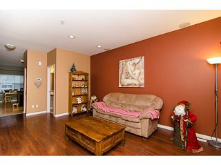 """Photo 3: 71 1055 RIVERWOOD Gate in Port Coquitlam: Riverwood Townhouse for sale in """"MOUNTAIN VIEW ESTATES"""" : MLS®# V999954"""