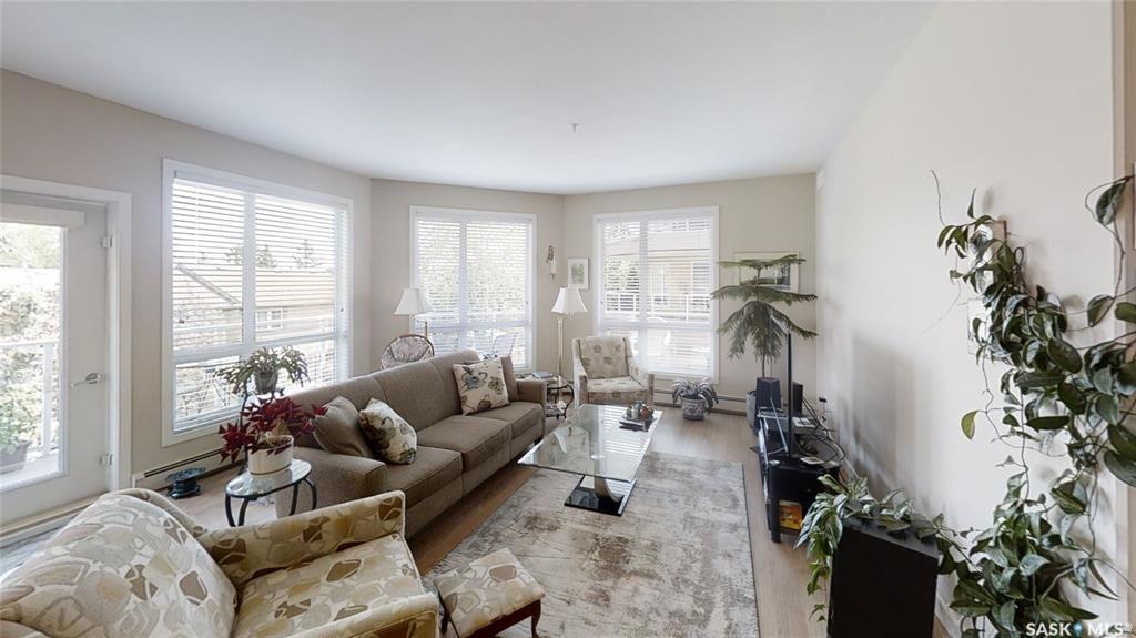 Main Photo: 213 1015 Moss Avenue in Saskatoon: Wildwood Residential for sale : MLS®# SK857329