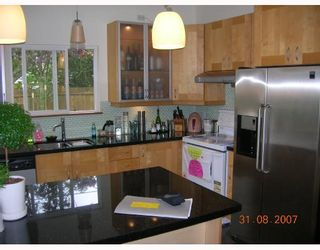 """Photo 9: 1315 W 15TH Street in North_Vancouver: Norgate House for sale in """"NORGATE"""" (North Vancouver)  : MLS®# V666224"""
