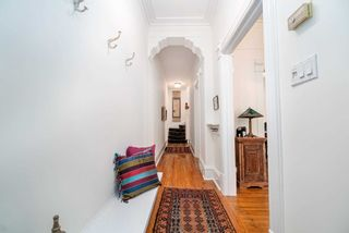Photo 3: 401 Shaw Street in Toronto: Trinity-Bellwoods House (3-Storey) for sale (Toronto C01)  : MLS®# C4804197