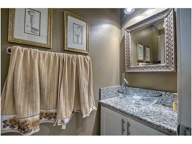 Photo 16: Photos: SCRIPPS RANCH Townhouse for sale : 3 bedrooms : 11821 Miro Circle in San Diego