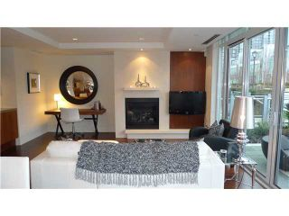 Photo 3: 288 N Beach Crescent in Vancouver: Yaletown Townhouse for sale (Vancouver West)