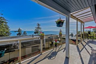 Photo 3: 1347 EVERALL Street: White Rock House for sale (South Surrey White Rock)  : MLS®# R2576172