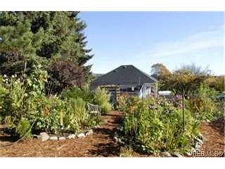 Photo 8:  in VICTORIA: Vi Mayfair House for sale (Victoria)  : MLS®# 450931