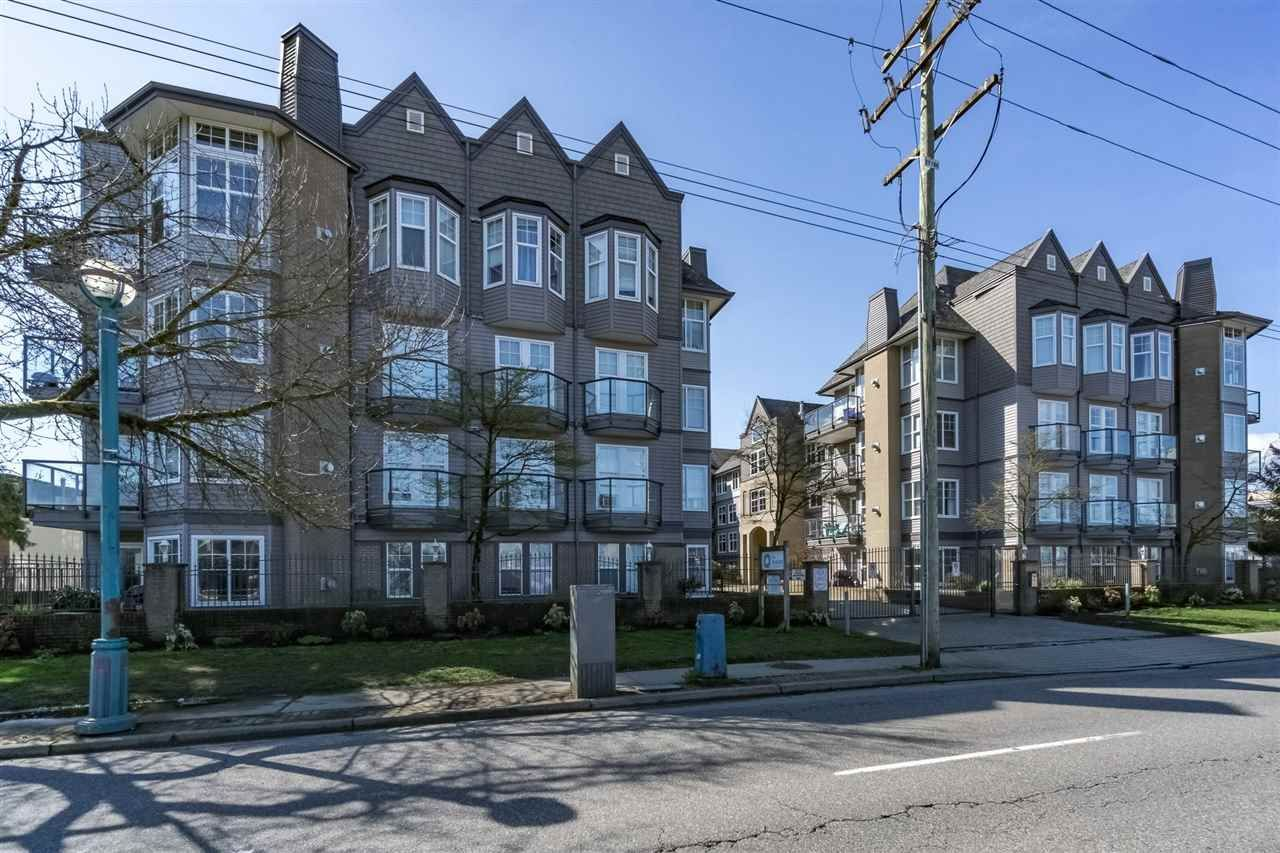 """Main Photo: 110 20200 56 Avenue in Langley: Langley City Condo for sale in """"THE BENTLEY"""" : MLS®# R2155077"""