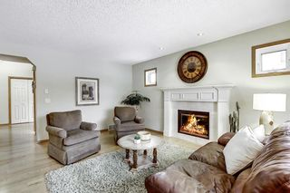Photo 2: 202 Panorama Hills Close NW in Calgary: Panorama Hills Detached for sale : MLS®# A1048265