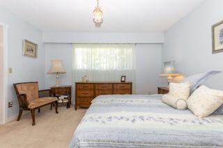 "Photo 35: 45935 LAKE Drive in Chilliwack: Sardis East Vedder Rd House for sale in ""Sardis Park"" (Sardis)  : MLS®# R2620684"