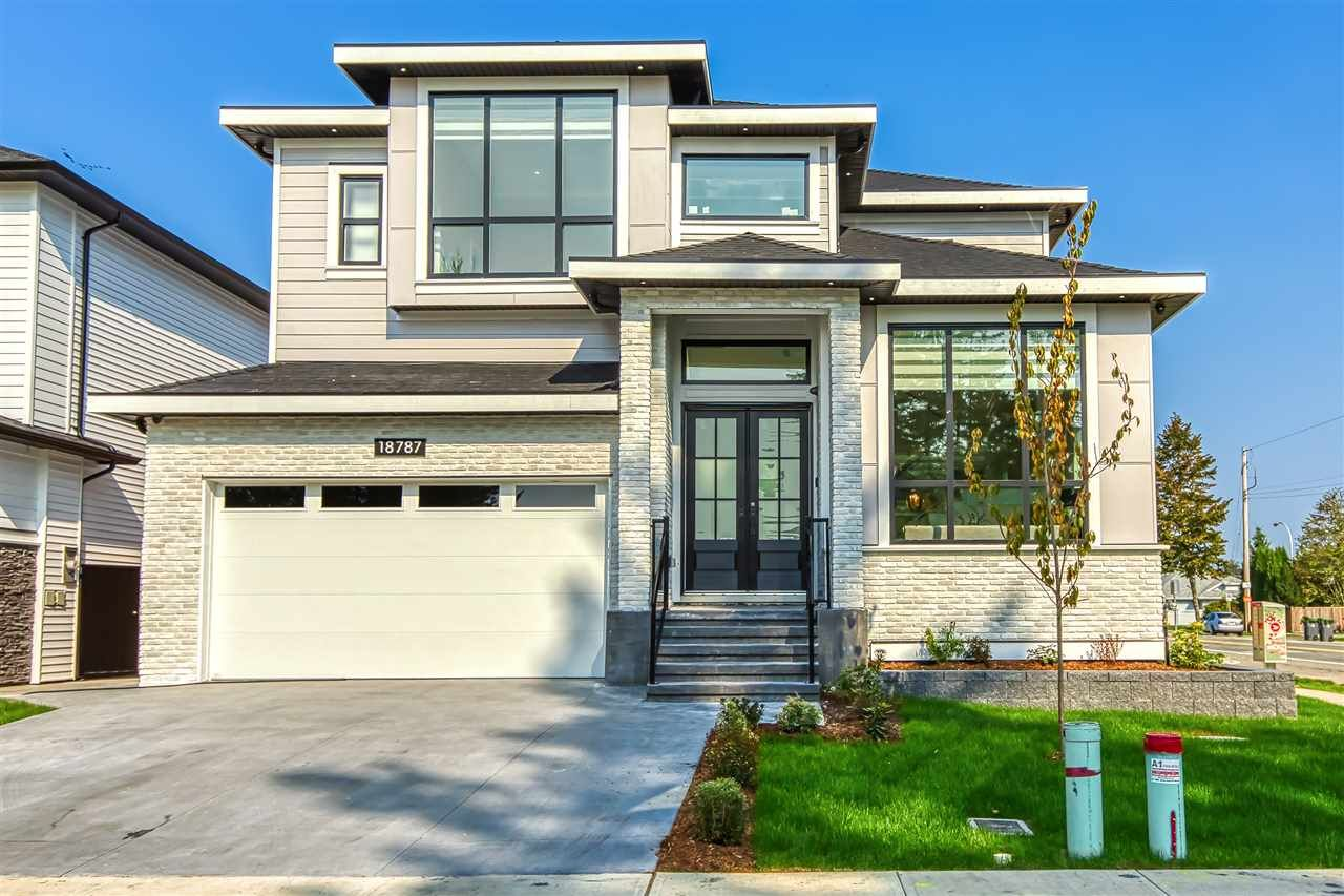 """Main Photo: 18787 62A Avenue in Surrey: Cloverdale BC House for sale in """"Eagle Crest"""" (Cloverdale)  : MLS®# R2474104"""