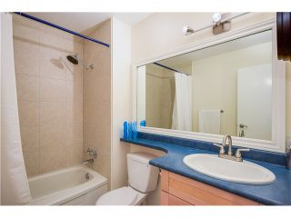 """Photo 11: 307 620 BLACKFORD Street in New Westminster: Uptown NW Condo for sale in """"DEERWOOD COURT"""" : MLS®# V1055259"""