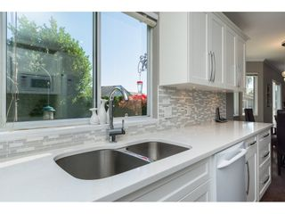 "Photo 7: 15564 VISTA Drive: White Rock House for sale in ""Vista Hills"" (South Surrey White Rock)  : MLS®# R2407067"