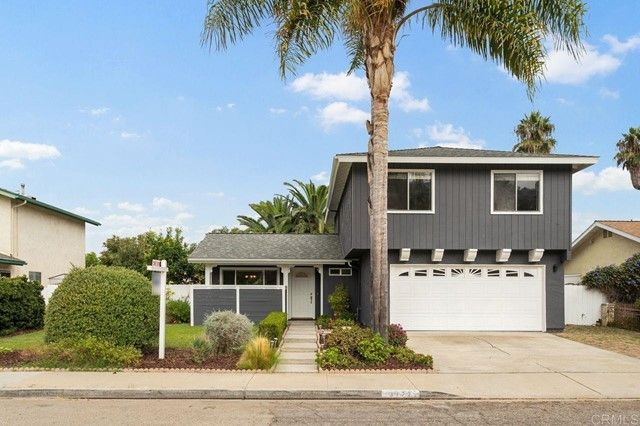 Main Photo: House for sale : 4 bedrooms : 3172 Noreen Way in Oceanside
